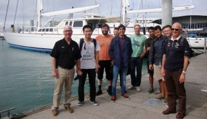 Auckland University MYE students, Professor Flay, and Ron Holland