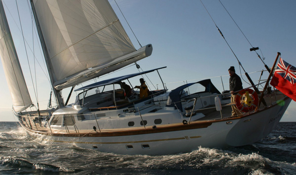 Boo Too fast cruising yacht, with raised saloon, stern view